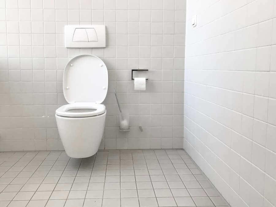 Uw WC ontstoppen? Lees dan eerst deze tips!